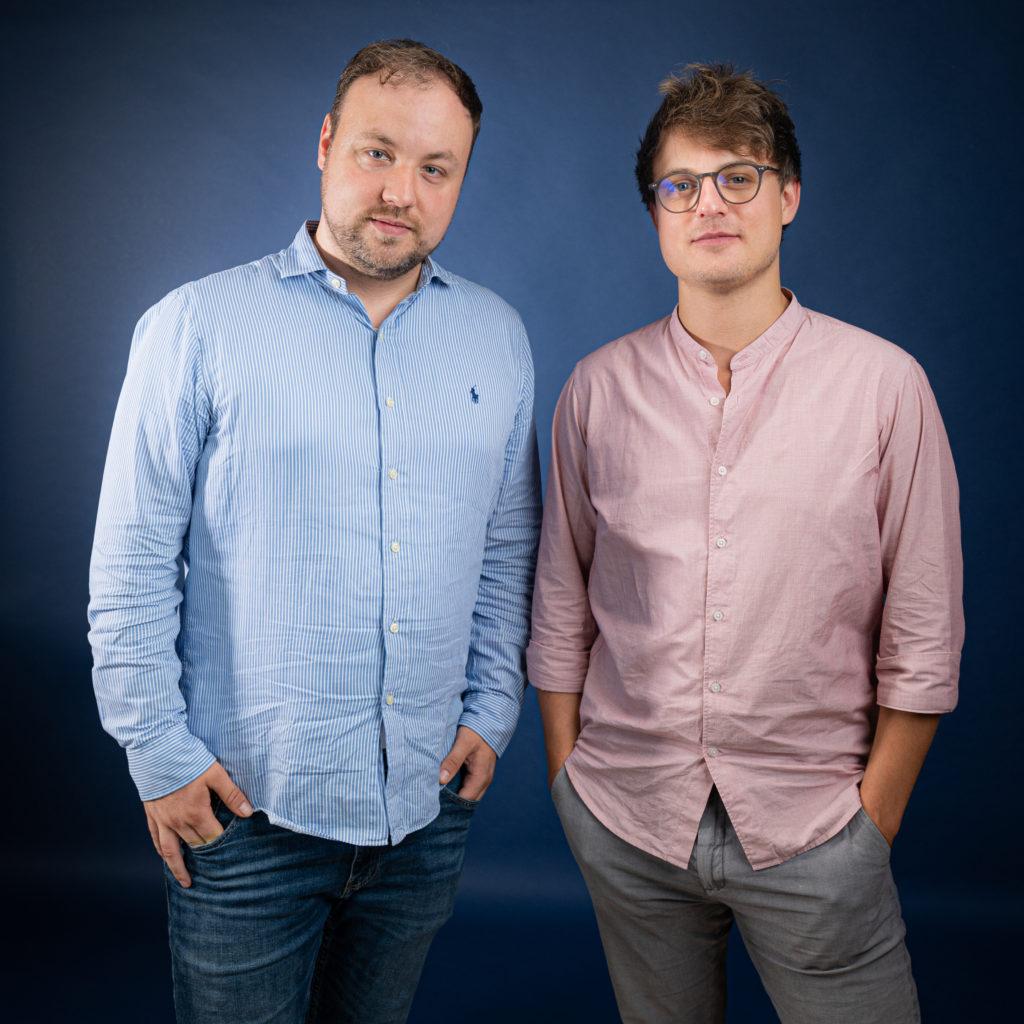 Medieninsider-Gründer Matthias Bannert (l.) und Marvin Schade (r.). Foto: Steven Siebert